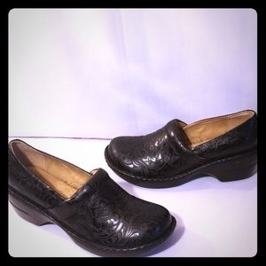 G.H Bass & CO. Sheena clogs